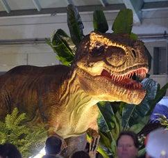 Jurassic-Quest_242x227.jpg